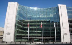 1024px U.S. Securities and Exchange Commission headquarters | Juwelier Uhren Weikhard Graz