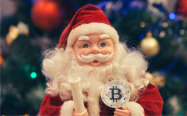 Key Technical Indicator Shows Bitcoin Price Poised for 'Santa Claus Rally'