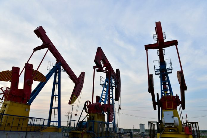 How the blockchain changes the old-fashioned oil industry