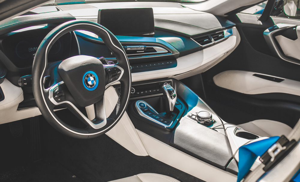 "BMW uses the VeChain Public Blockchain for dApp ""VerifyCar"" - The Bitcoin News"
